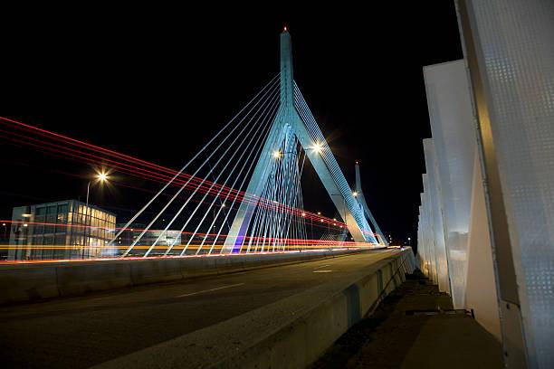 Boston. Zakim Brücke – Foto
