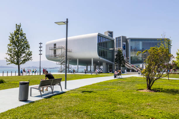 Centro Botin, Santander, Cantabria, Spain Santander, Spain. The Centro Botin (Botin Center), a cultural installation and museum dedicated to the exhibition and artistic research. Designed by Renzo Piano and inaugurated in 2017 santander spain stock pictures, royalty-free photos & images