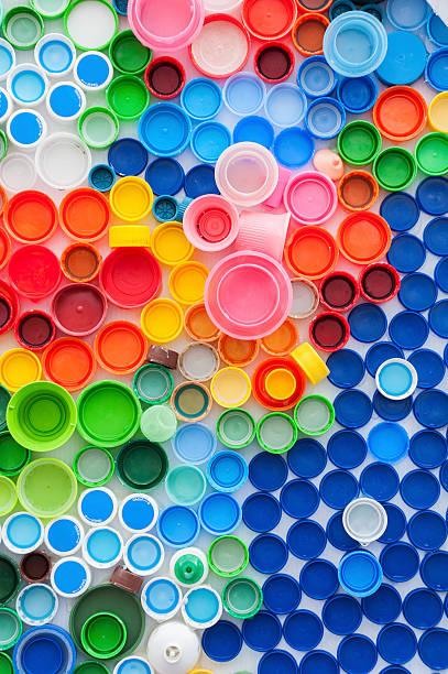 - flaschenverschlüsse - kunststoff farbe stock-fotos und bilder