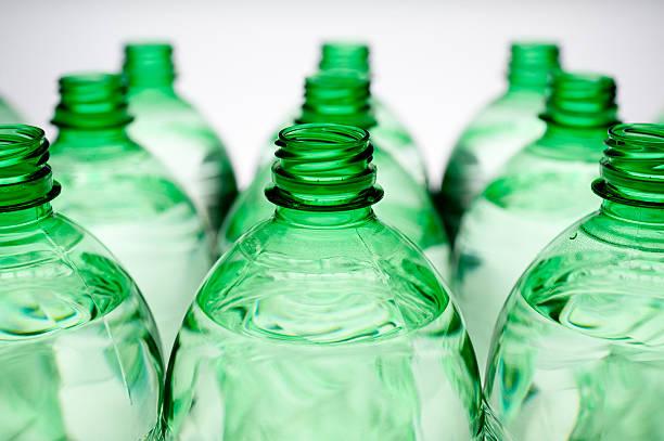 bottiglia isolato - prodotti supermercato foto e immagini stock