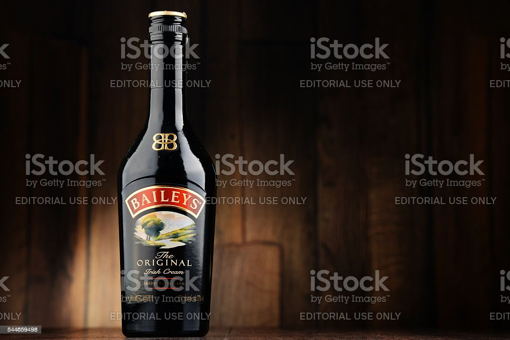 Bottle of Baileys Irish Cream stok fotoğrafı