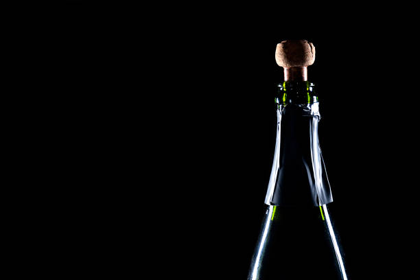 Botella de champán uncork - foto de stock