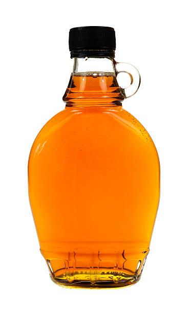 frasco de xarope, de bordo (ácer) - xarope imagens e fotografias de stock