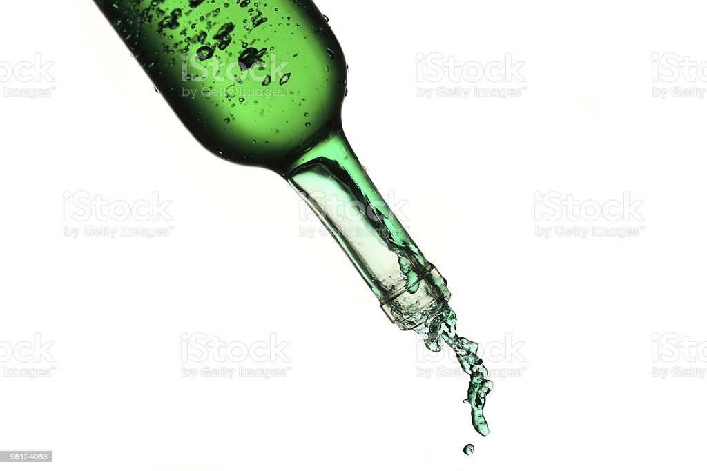Bottiglia Versare foto stock royalty-free