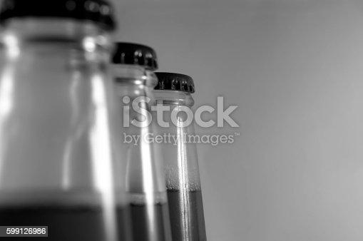istock bottle top 599126986