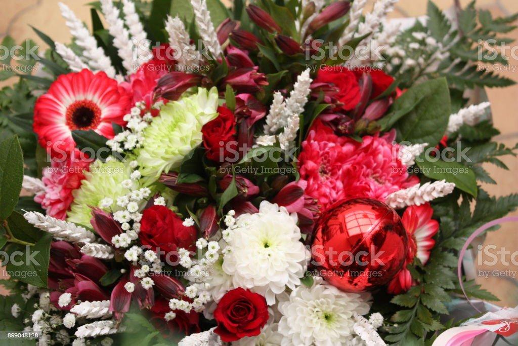 Ramo De Flores Para La Decoración De Navidad Foto De Stock Y