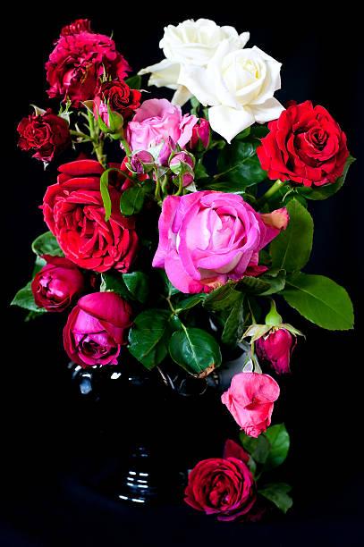 Bouquet of roses picture id178781976?b=1&k=6&m=178781976&s=612x612&w=0&h=pfqjxvpwvashoqqdmigdxis0synweryvk7upkkygpog=