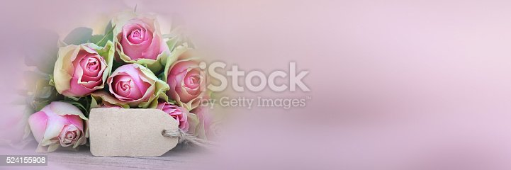 638784780 istock photo Bouquet of roses with a greeting card_004 524155908