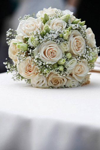 Bouquet Di Sposa.Bouquet Di Matrimonio Con Rose Stock Photo Download Image Now