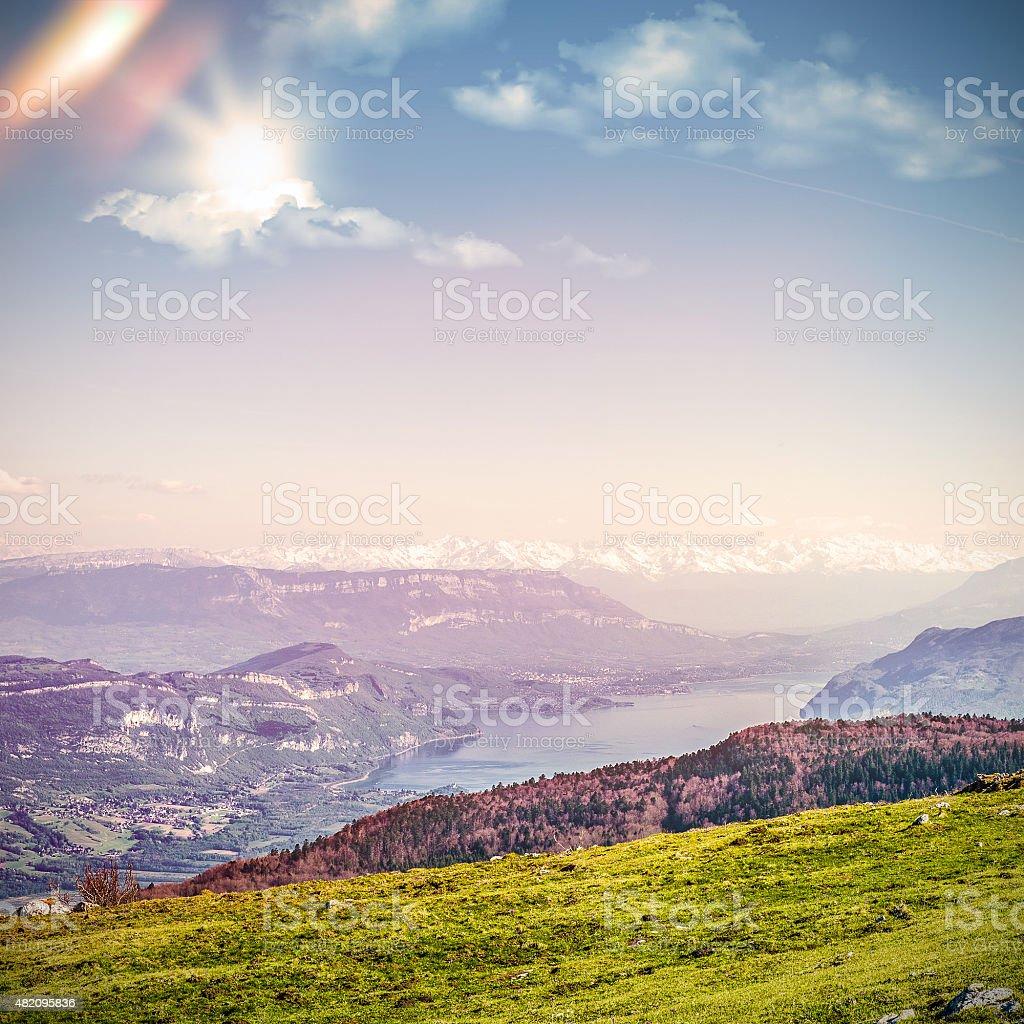 Bourget lac et le Mont Blanc mountain massif des Alpes avec vue sur paysages - Photo