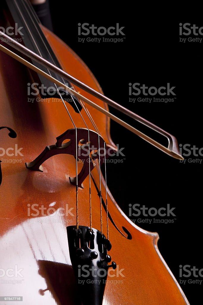 Nœud sur violoncelle de ficelle, détail d'un studio photo libre de droits