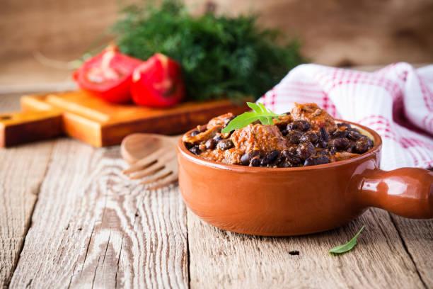 Schüssel mit schwarzen Bohnen Chili mit beaf – Foto