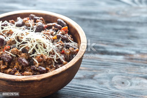 istock Bowl of chili con carne 659229704