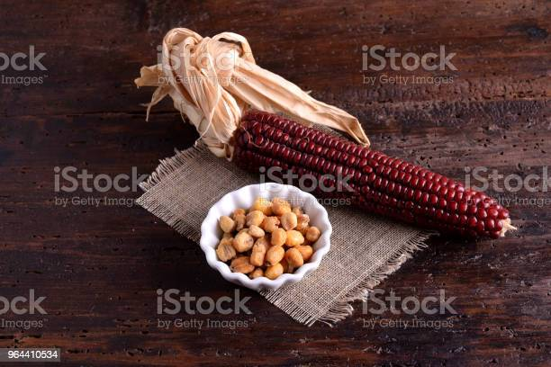 Foto de Tigela De Milho Com Vermelho Panícula e mais fotos de stock de Agricultura