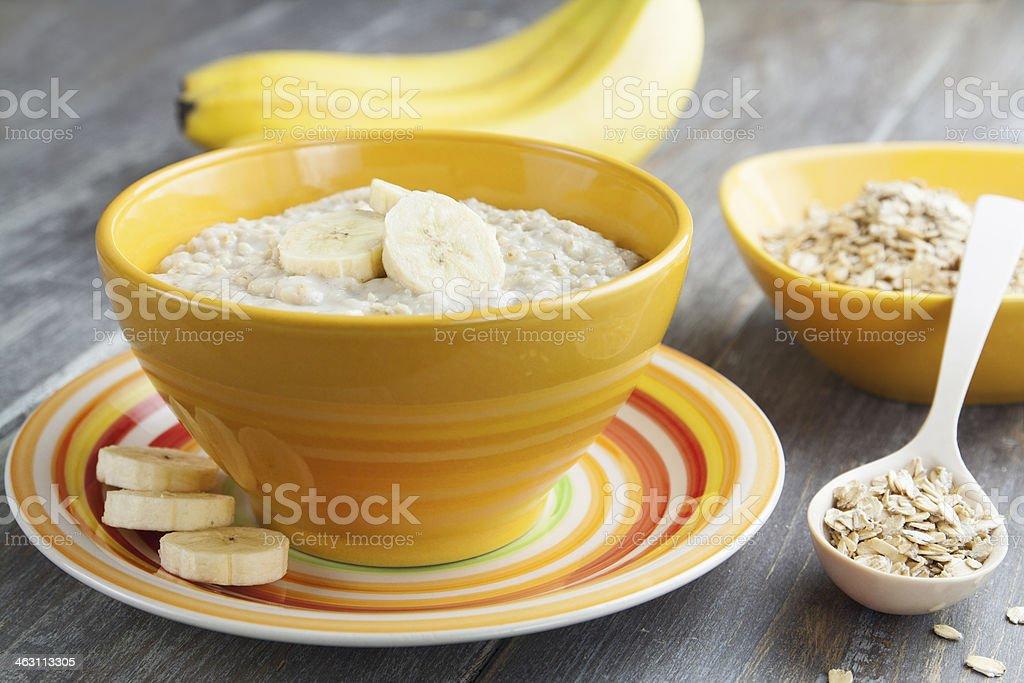 Haferbrei mit Banane – Foto