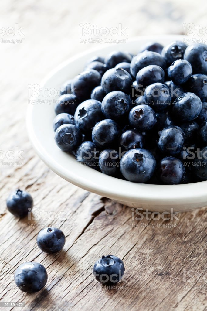 Bowl Of Organic Blueberries royalty-free stock photo