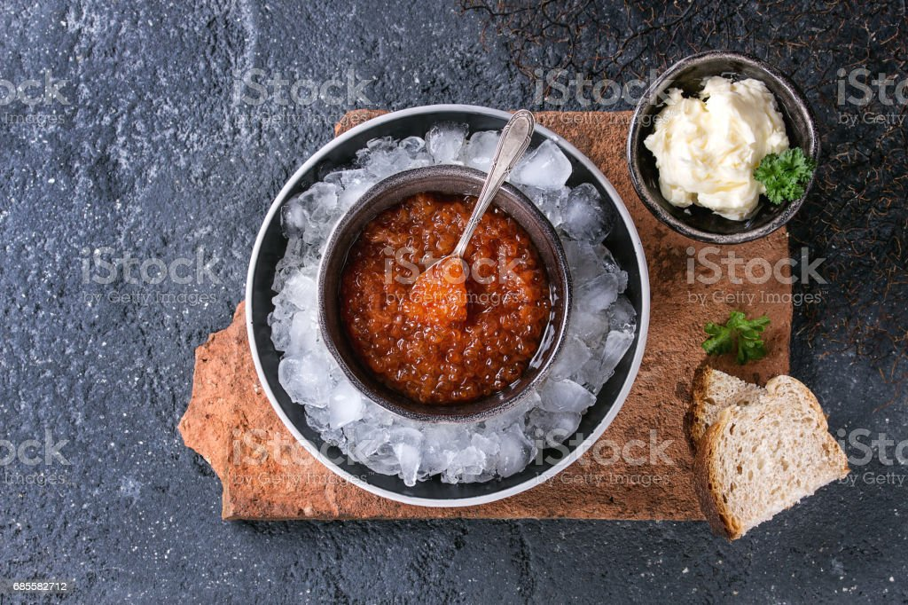 Bowl of red caviar 免版稅 stock photo