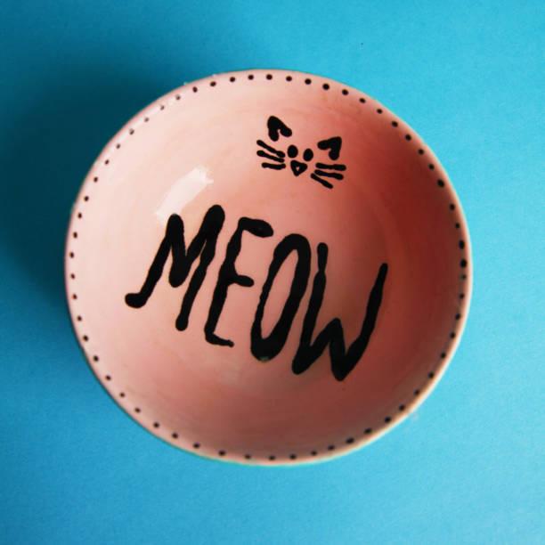 bowl - hallo kitty küche stock-fotos und bilder