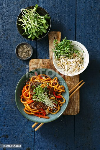 Bowl with beef and vegetables chow mein