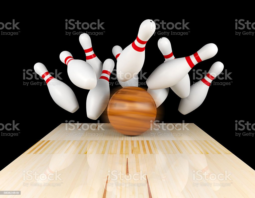 Bowling strike, scattered skittle and bowling ball on bowling lane - foto stock
