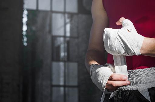 Boxer turning bandages