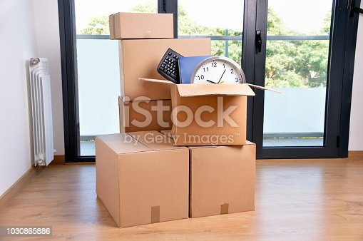 istock boxes with accessories 1030865886