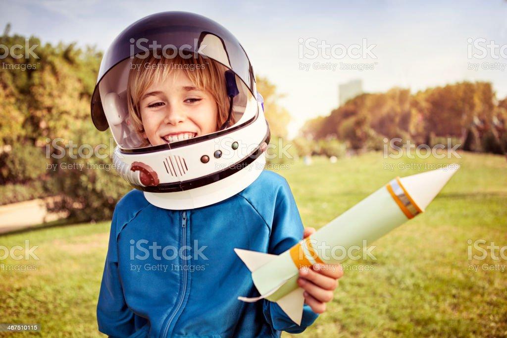 Ragazzo vestito come un astronauta - foto stock