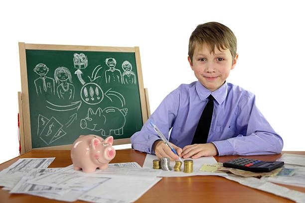 jungen-financier - kindergeldantrag stock-fotos und bilder