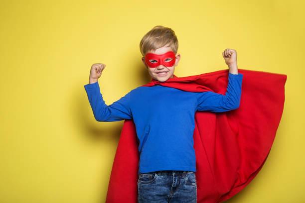 menino em traje de super-herói - capuz - fotografias e filmes do acervo
