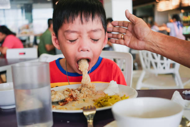 Boy puking on plate after having lunch meal picture id1095677566?b=1&k=6&m=1095677566&s=612x612&w=0&h=0pw5ucbsvlhyzy4rjpyjo1kuvl8zmxq6hy9zcbjcoqw=
