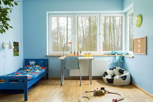 Ball shape sofa in boy toddler room