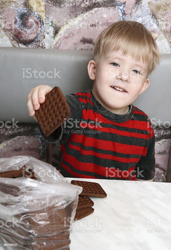 남자아이 쿠키를 보유 royalty-free 스톡 사진