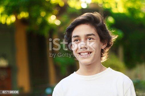 istock Boy with dreams 627198006