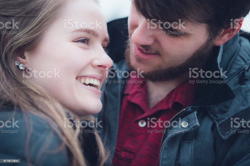 12 hyvä ikä aloittaa dating