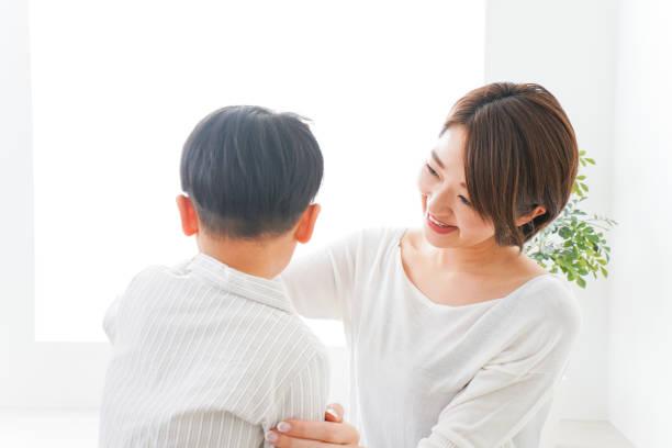 男の子とママの叫び ストックフォト