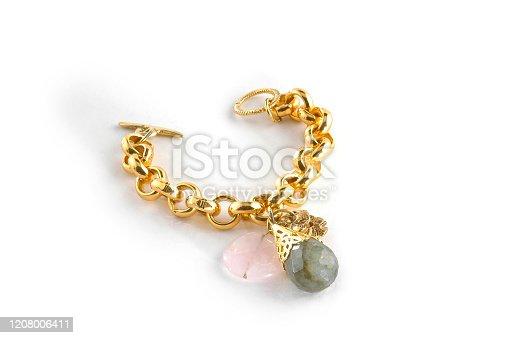 chic elegant gold bracelet