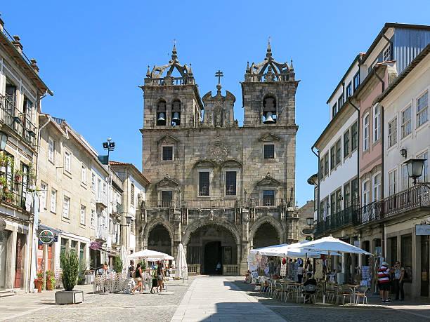 braga catedral de braga, portugal - esplanada portugal imagens e fotografias de stock