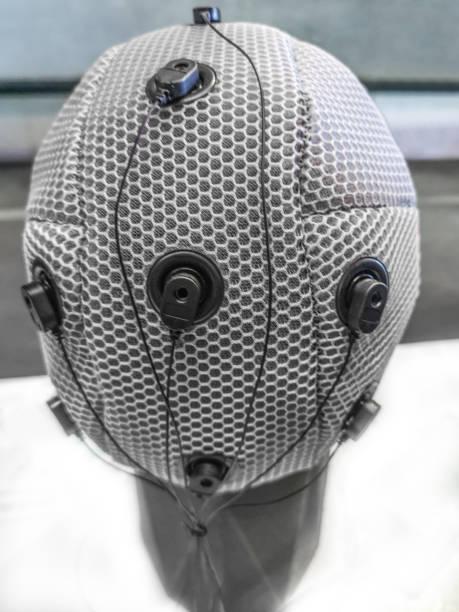 Interfaz de la computadora del cerebro como funcio vista superior del auricular - foto de stock