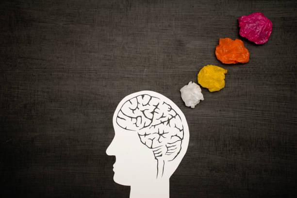 concepto de pensamiento cerebral. - foto de stock