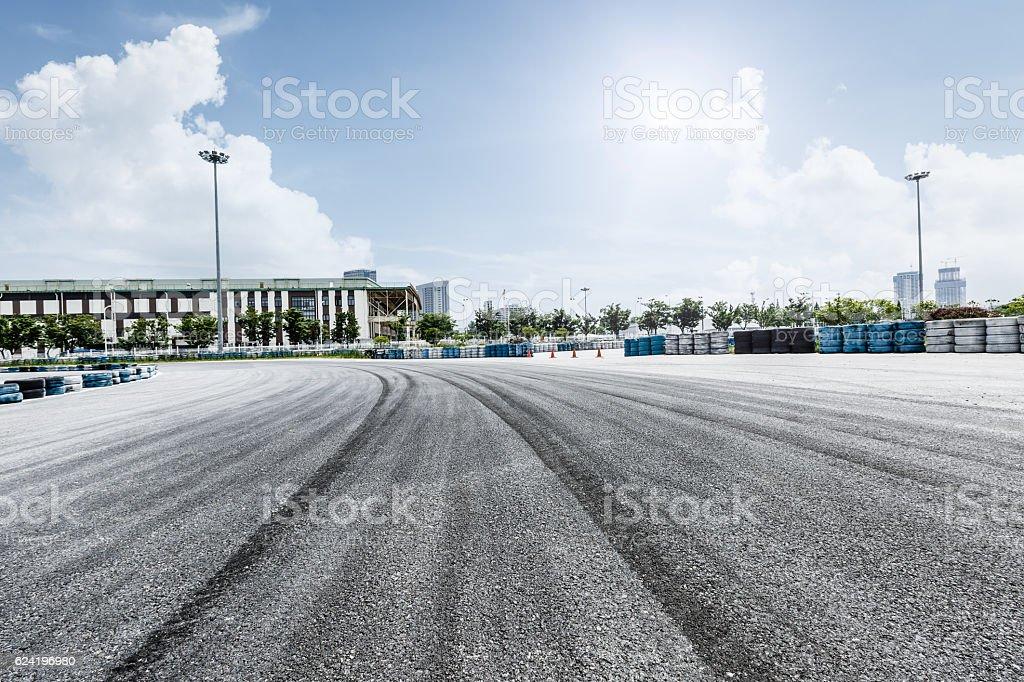 brake trajectory on the asphalt road bildbanksfoto