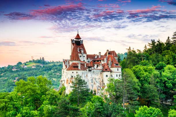 bran castle, romania, transylvania - romania stock pictures, royalty-free photos & images