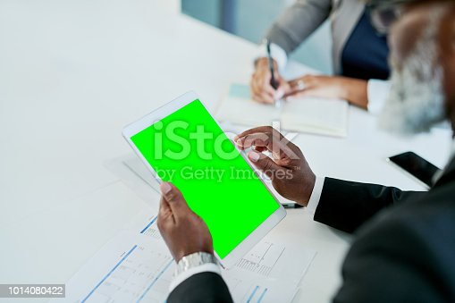 istock Branching in to new markets online 1014080422