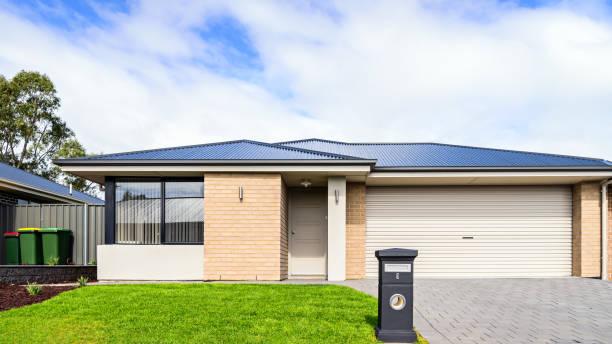 Neue australische Haus mit garage – Foto