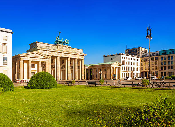 ブランデンブルグ門、ベルリン - グローサーシュテルン広場 ストックフォトと画像