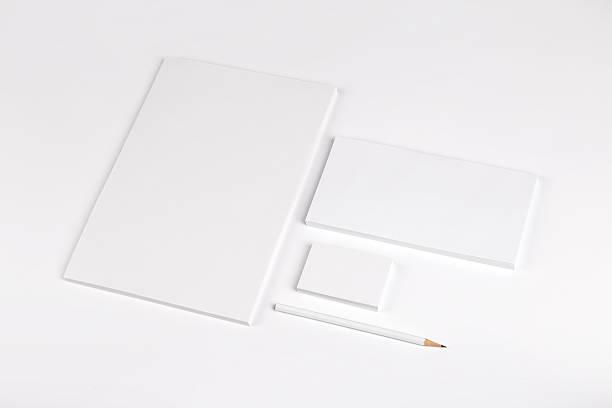 identité de la marque - business card mock up photos et images de collection