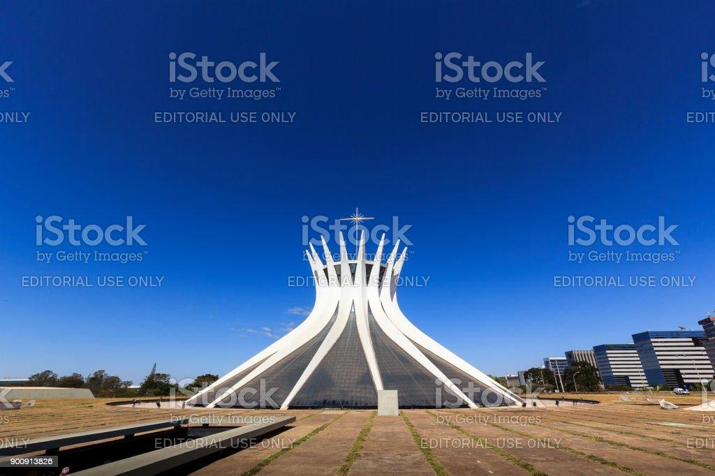Cathédrale de Brasilia par l'architecte Oscar Niemeyer - Photo