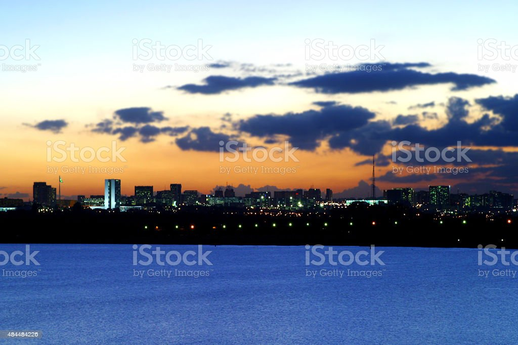 Brasília, Brasil Skyline ao pôr-do-sol - foto de acervo
