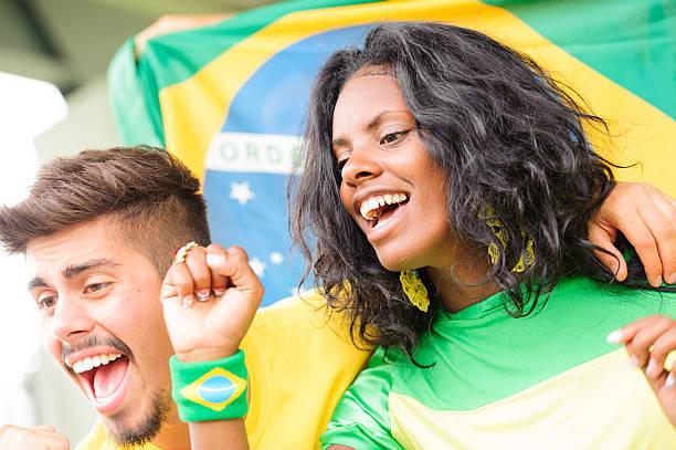 Brasilianisch Fan im Stadion – Foto