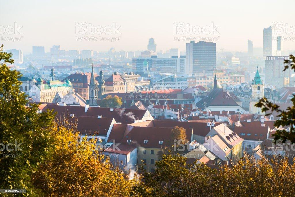 Bratislava-Morgen-Skyline – Foto