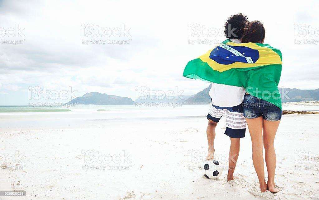 Os fãs de futebol brasileiro - foto de acervo